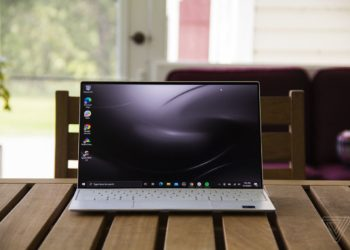 Dell XPS 13 OLED review: more pixels, more money